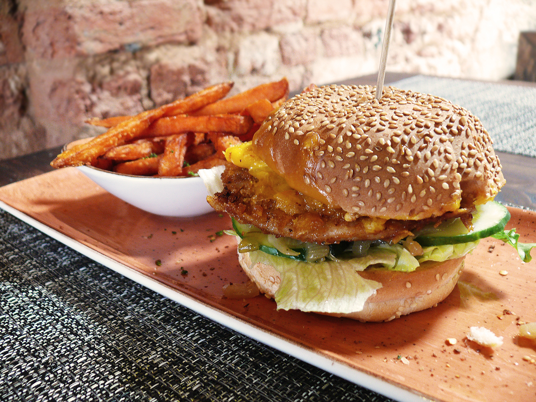 Burgers taste better when made with love – robinhood restaurant